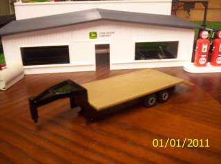 TRAILER 5TH WHEEL / GOOSE NECK TRAILER w/DOVE TAIL WOOD DECKING