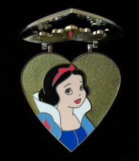 Disney Princess SNOW WHITE HEART CAMEO LOCKET PIN LE300