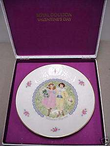 ROYAL DOULTON 1976 VALENTINES DAY PLATE VERY RARE FIND