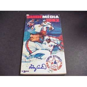 1982 Montreal Expos Media Guide GARY CARTER AUTO TWICE