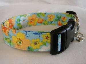 Charming Cool Blue Hawaiian Flowers Dog Collar Large