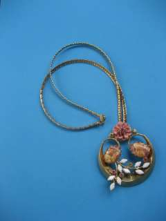 VTG Pink Enamel Milk Glass Pink RS floral pendant necklace