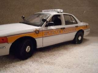 ILLINOIS STATE POLICE FORD CV UT DIECAST MODEL CAR