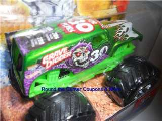 2012 Hot Wheels Monster Jam Grave Digger 30th Spectraflames GREEN