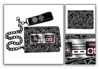 NINTENDO Super Mario Wallet w/Chain NEW Mini Controller
