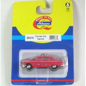 HO RTR Checker A8 Taxi, Red Toys & Games