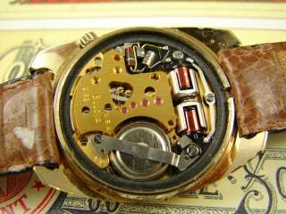 1975 BULOVA ACCUTRON MENS GOLD ELECTROPLATE VINTAGE BEEFY DAY DATE