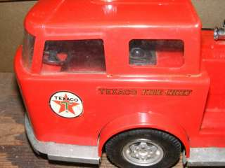 VINTAGE BUDDY L FIRE TRUCK TEXACO AND BOX
