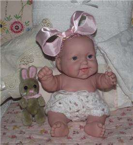 BERENGUER SMILING CHUNKY BABY DOLL~10~CUSTOM KNIT OUTFIT + EXTRA