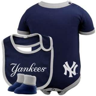 New York Yankees Infant Navy Blue Baseball Bib & Booties Set