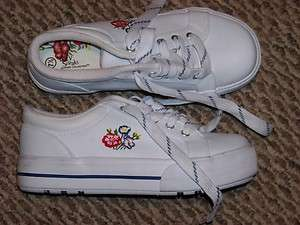 womens city streaks white leather flower tennis shoes size 7 1/2