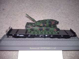 New ROCO HO Military flat car with Lepoard Tank  model #835