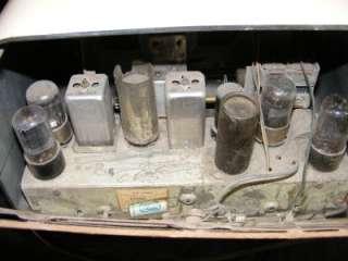 Vintage 1947 Beige Tan Bakelite Coronado Tube RADIO Model 43 8353