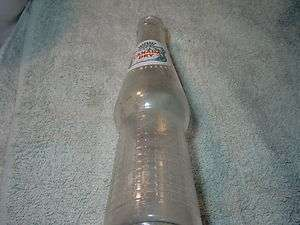 1955 Canada Dry 10 oz. clear soda bottle white green and red logo