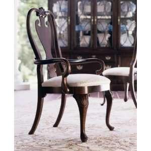 Kincaid Carriage House Queen Anne Arm Chair   60 062N