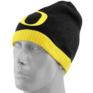 Nike Oregon Ducks Black Basketball Knit Beanie:  Sports