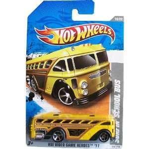 Hot Wheels 2011  SURFIN SCHOOL BUS HW VIDEO GAME HEROES 11   10